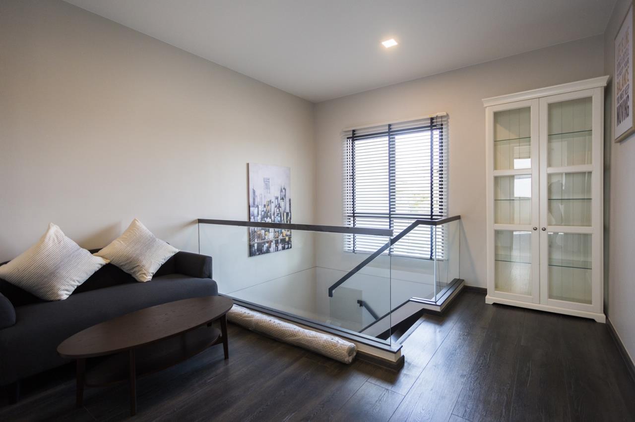 Hawk Eyes Property Bangkok Co.,Ltd. Agency's A single house, 3 bedrooms 3 bathroom + maid room 10