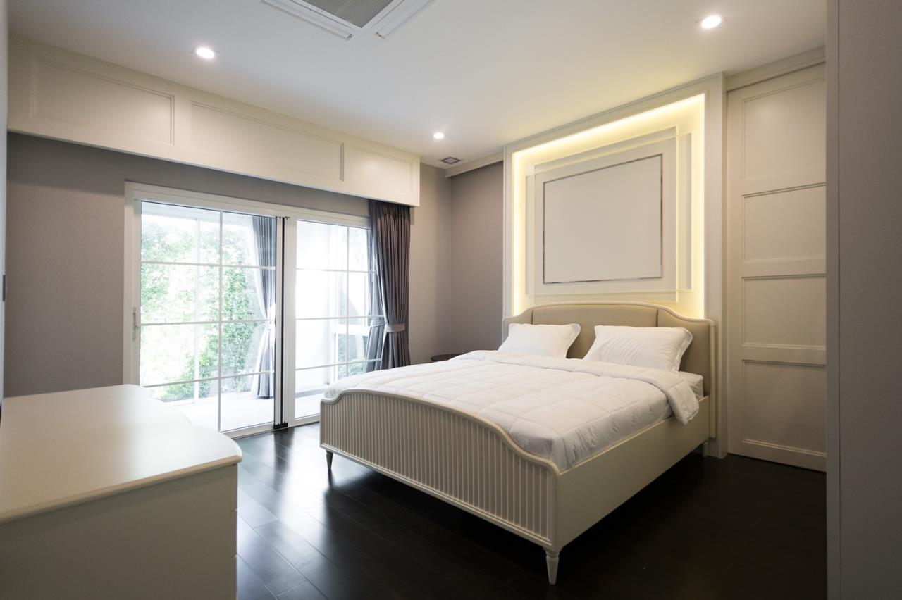 Hawk Eyes Property Bangkok Co.,Ltd. Agency's A luxury 4 bedrooms 5 bathrooms single house with fully furnish for rent in Bang Na k.m.7 10