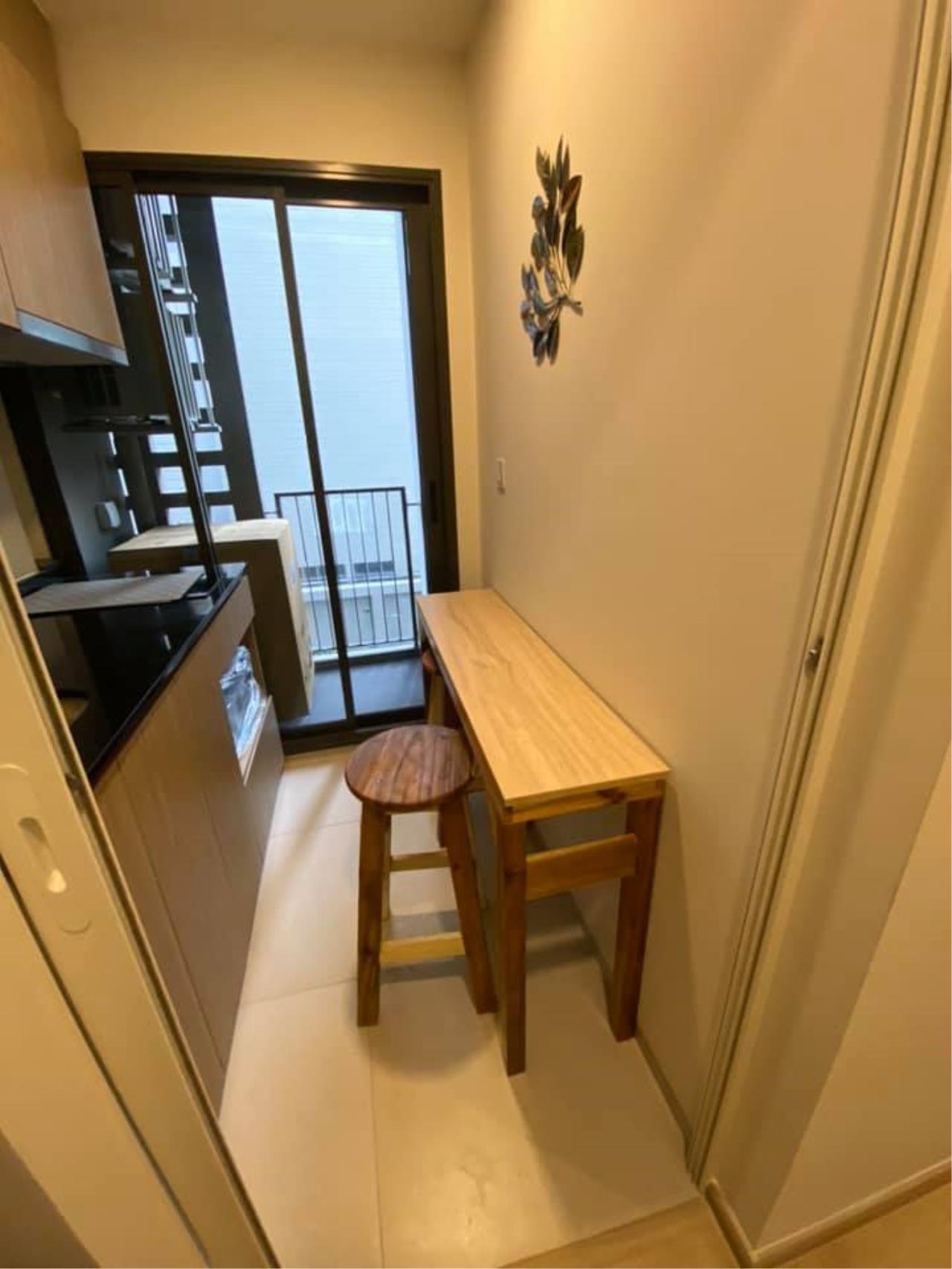 Hawk Eyes Property Bangkok Co.,Ltd. Agency's Brand new 1 bedroom 1 bathroom fully furnished for rent 2