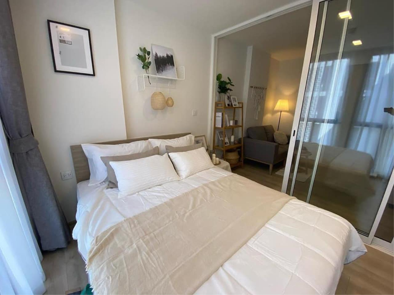 Hawk Eyes Property Bangkok Co.,Ltd. Agency's 1 bedroom brand new unit fully furnished for rent 3