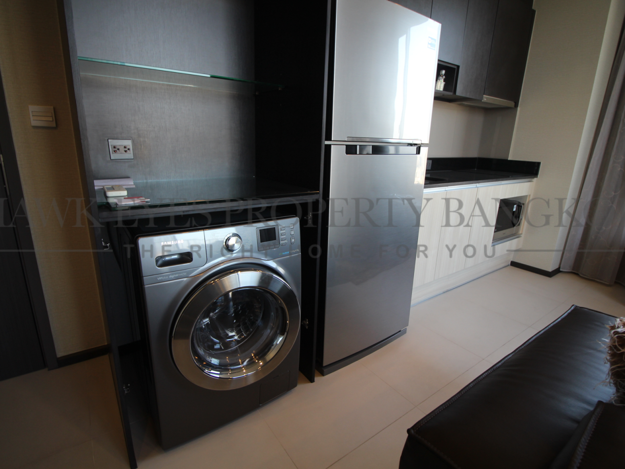 Hawk Eyes Property Bangkok Co.,Ltd. Agency's 2 bedrooms 2 bathrooms for rent in Asoke, Edge Sukhumvit 23 5