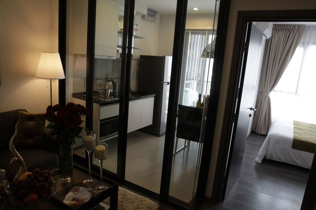 RE/MAX All Star Realty Agency's Superb, fully furnished Park East condo for rent 18,000 Baht at On Nut BTS – Basepark East (Soi 77) 4
