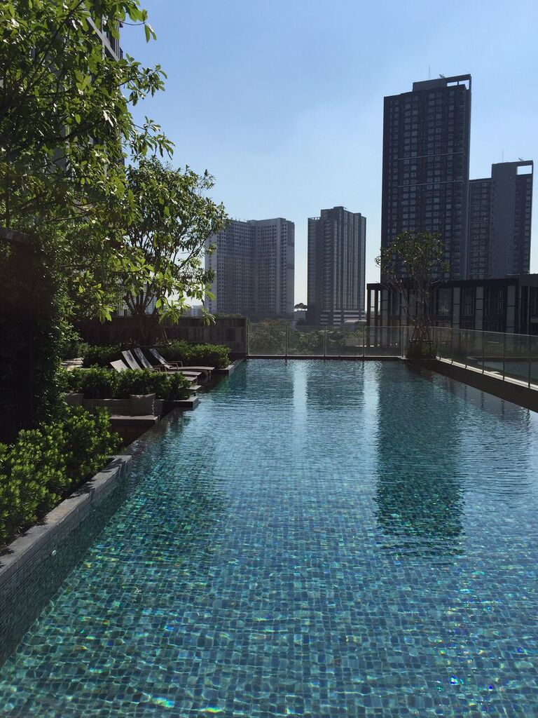 RE/MAX All Star Realty Agency's Superb, fully furnished Park East condo for rent 18,000 Baht at On Nut BTS – Basepark East (Soi 77) 27