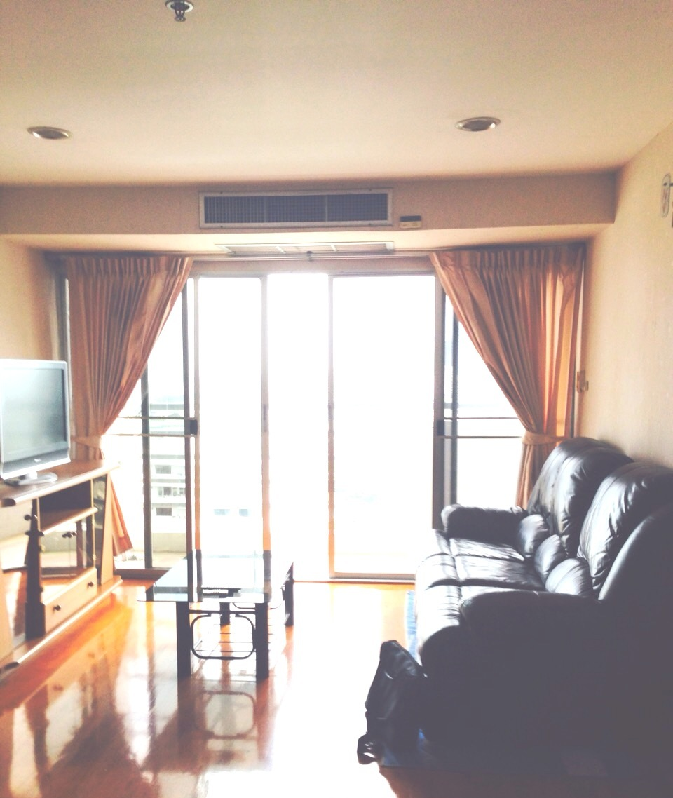 RE/MAX All Star Realty Agency's Well maintained 2-Bed Condo for rent/sale at Phrom Phong BTS (Sukhumvit Soi 30) – Waterford Diamond 2