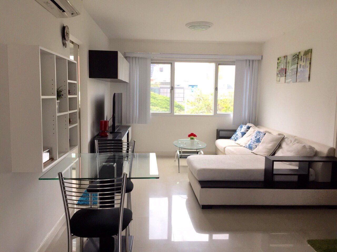RE/MAX All Star Realty Agency's Beautiful One-Bed Condo for sale/rent at Thong Lor BTS 22,000 baht only (Sukhumvit Soi 40) 2