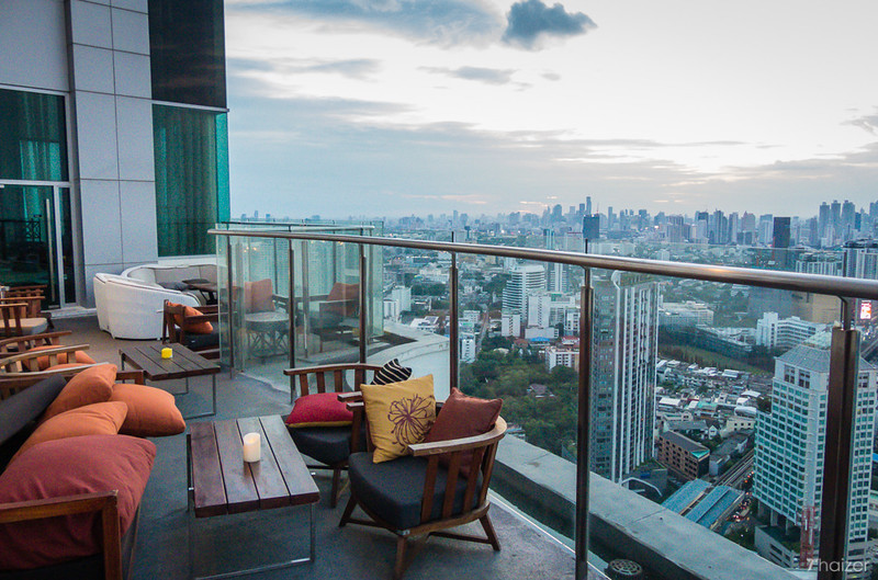 RE/MAX All Star Realty Agency's Almost new 3-Bed luxury condo for sale – Skywalk (BTS Phra Khanong) 1