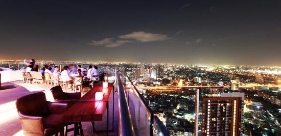 RE/MAX All Star Realty Agency's Almost new 3-Bed luxury condo for sale – Skywalk (BTS Phra Khanong) 10