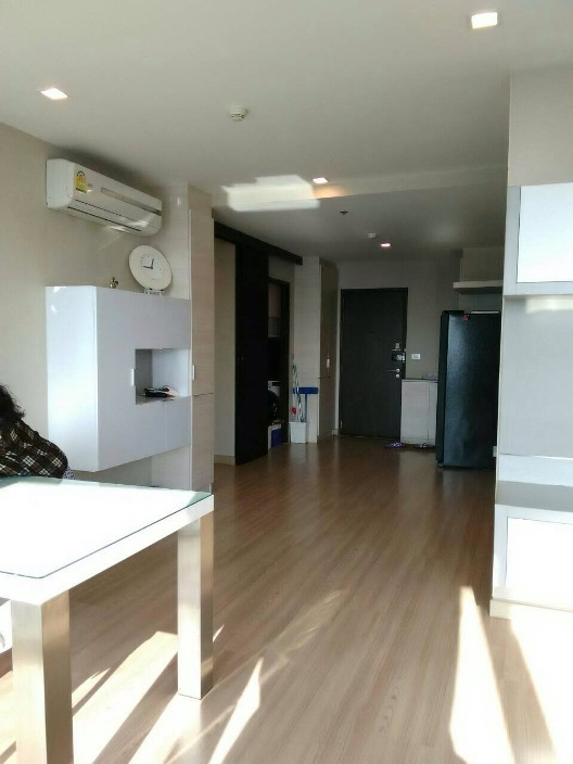 RE/MAX All Star Realty Agency's Almost new 3-Bed luxury condo for sale – Skywalk (BTS Phra Khanong) 18