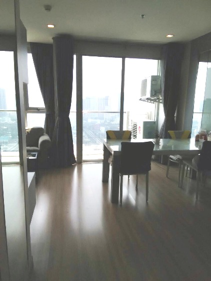RE/MAX All Star Realty Agency's Almost new 3-Bed luxury condo for sale – Skywalk (BTS Phra Khanong) 34