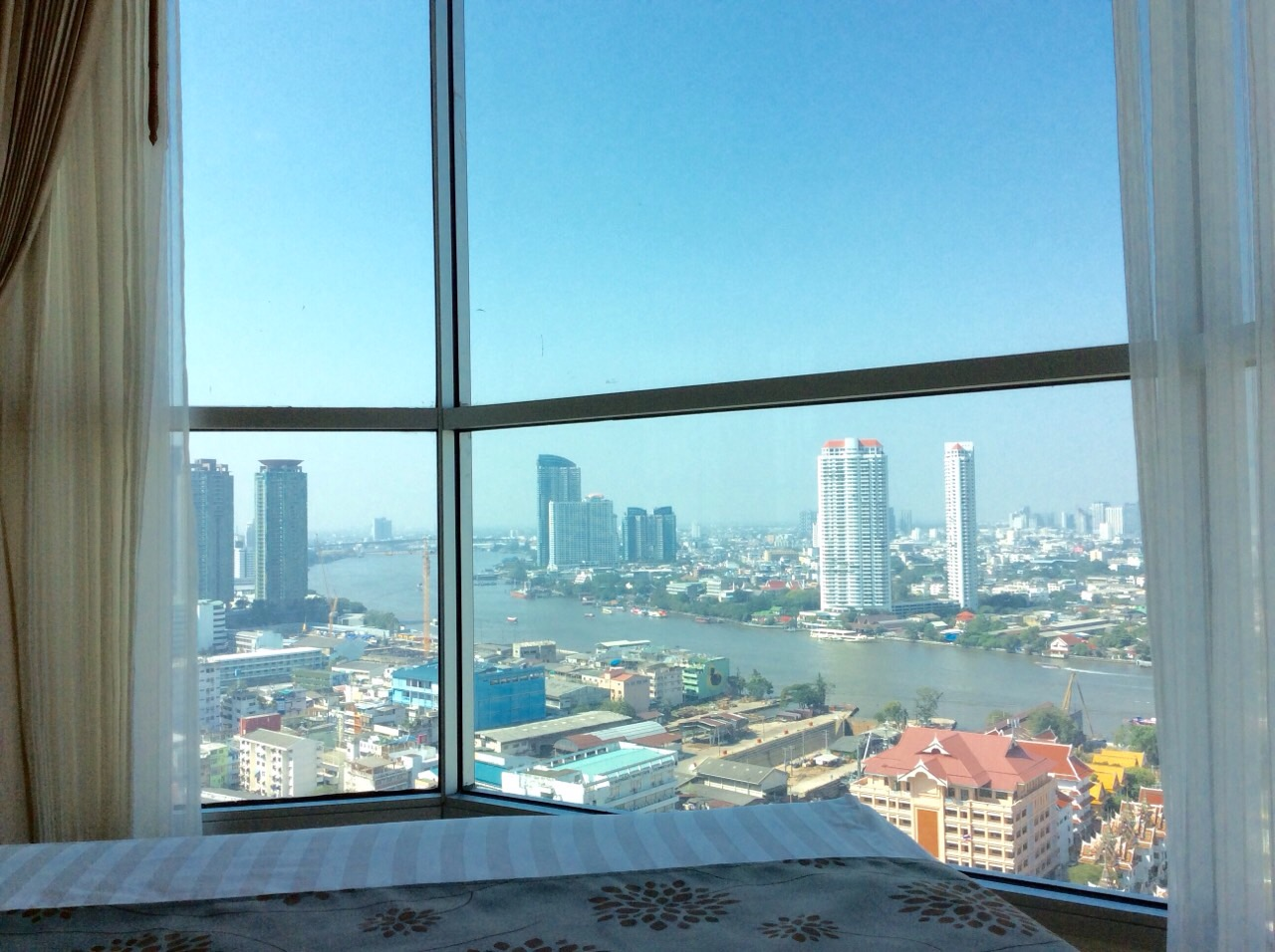 RE/MAX All Star Realty Agency's Charming river view, large one-bed condo Rhythm  Sathorn 21 highest floors rent 30k (neg) 1
