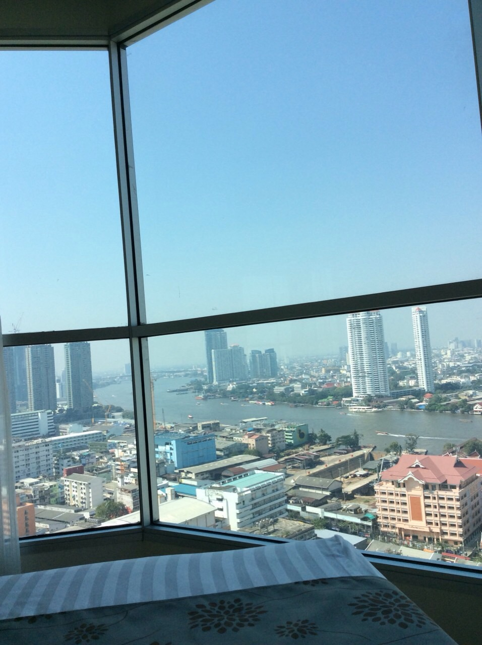 RE/MAX All Star Realty Agency's Charming river view, large one-bed condo Rhythm  Sathorn 21 highest floors rent 30k (neg) 9