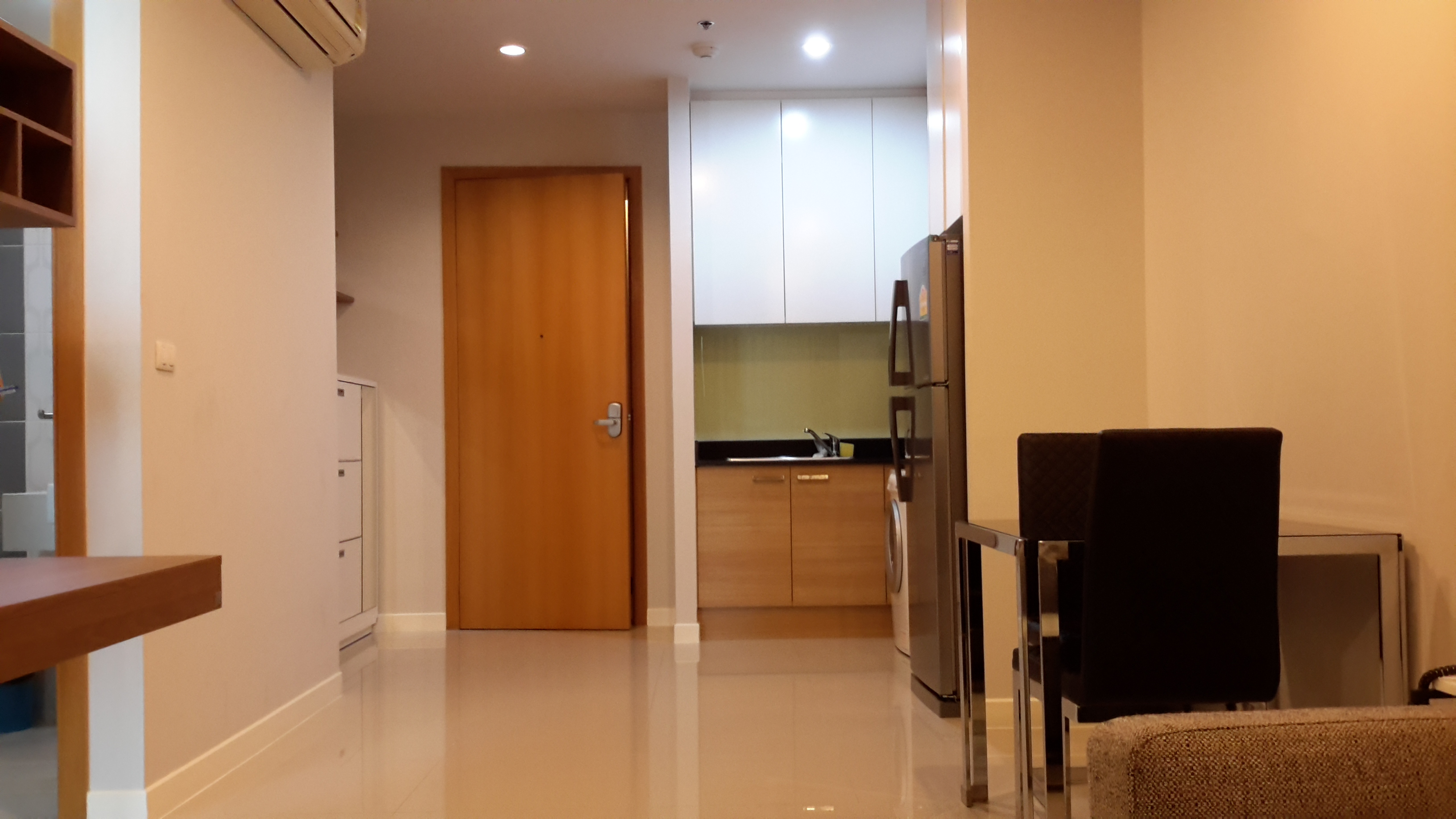 RE/MAX All Star Realty Agency's One Bedder (48sqm) at Circle Condo for Rent – walk to BTS Nana, ARL Makkasan, MRT Petchaburi 4