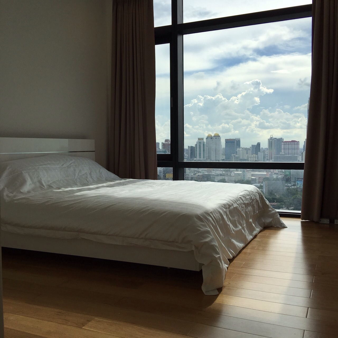 RE/MAX All Star Realty Agency's One Bedder (46sqm) at Circle2 Condo Rent very cheap 4