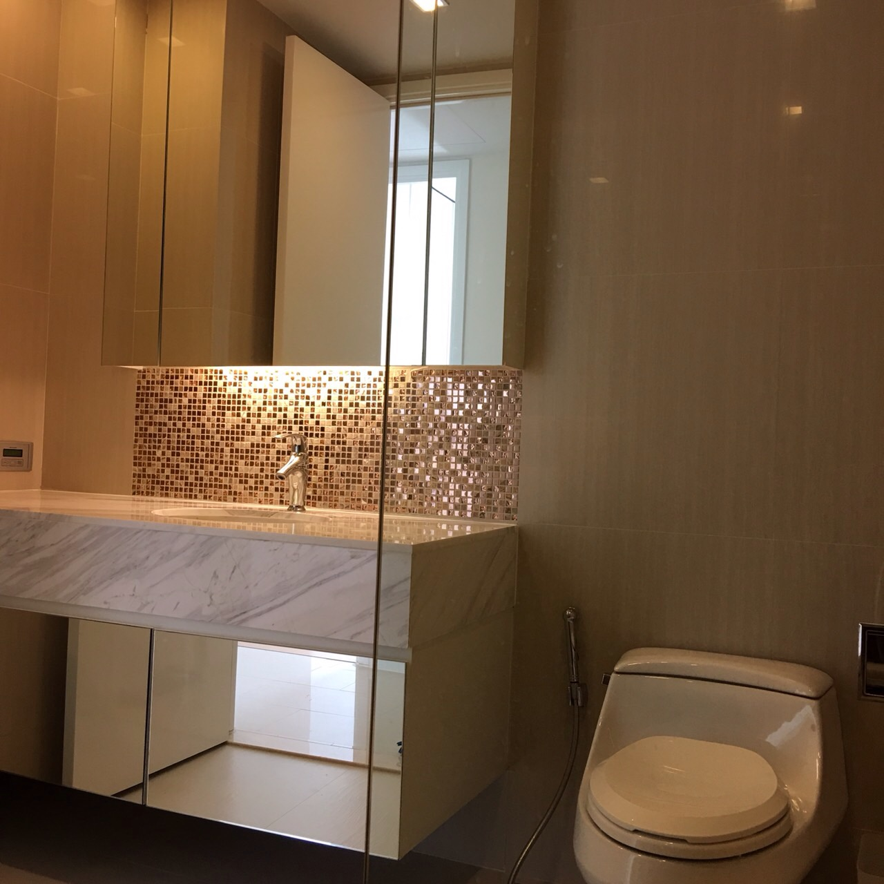 RE/MAX All Star Realty Agency's One Bedder (46sqm) at Circle2 Condo Rent very cheap 8