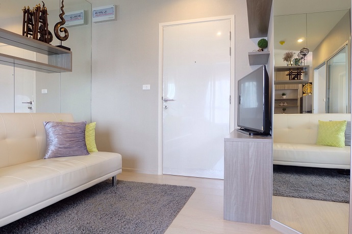 RE/MAX All Star Realty Agency's New condo for rent 11,000 at Aspire Sathorn-Taksin (BTS Wutthakat) 2