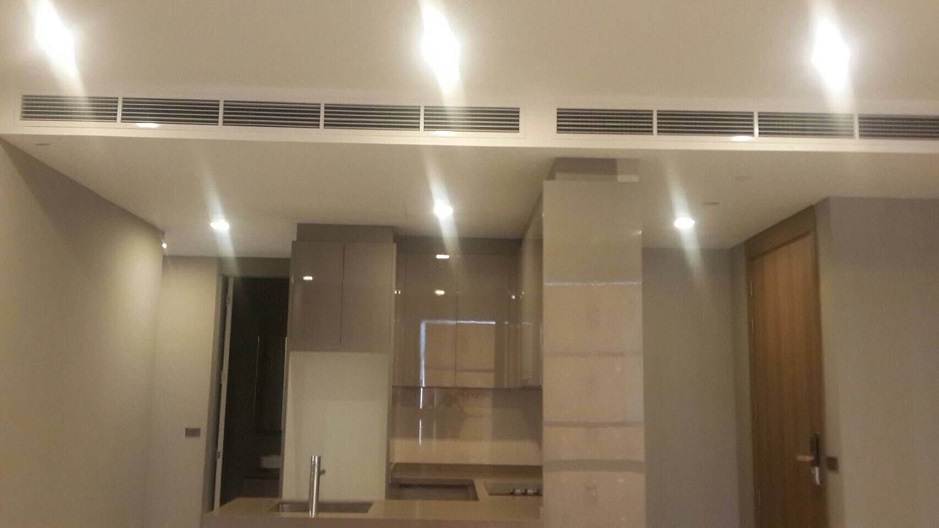 RE/MAX All Star Realty Agency's Luxury M Silom 85sqm two-bed sale 18mb 4