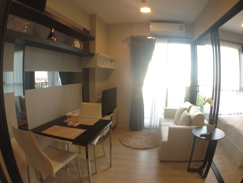 RE/MAX All Star Realty Agency's Condolette Mist Rent One Bed 20k only (walk MRT Phra Ram 9) 1