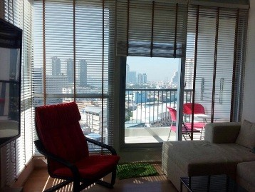 RE/MAX All Star Realty Agency's Rhythm Sathorn Two bed high floor rents 30k only 3