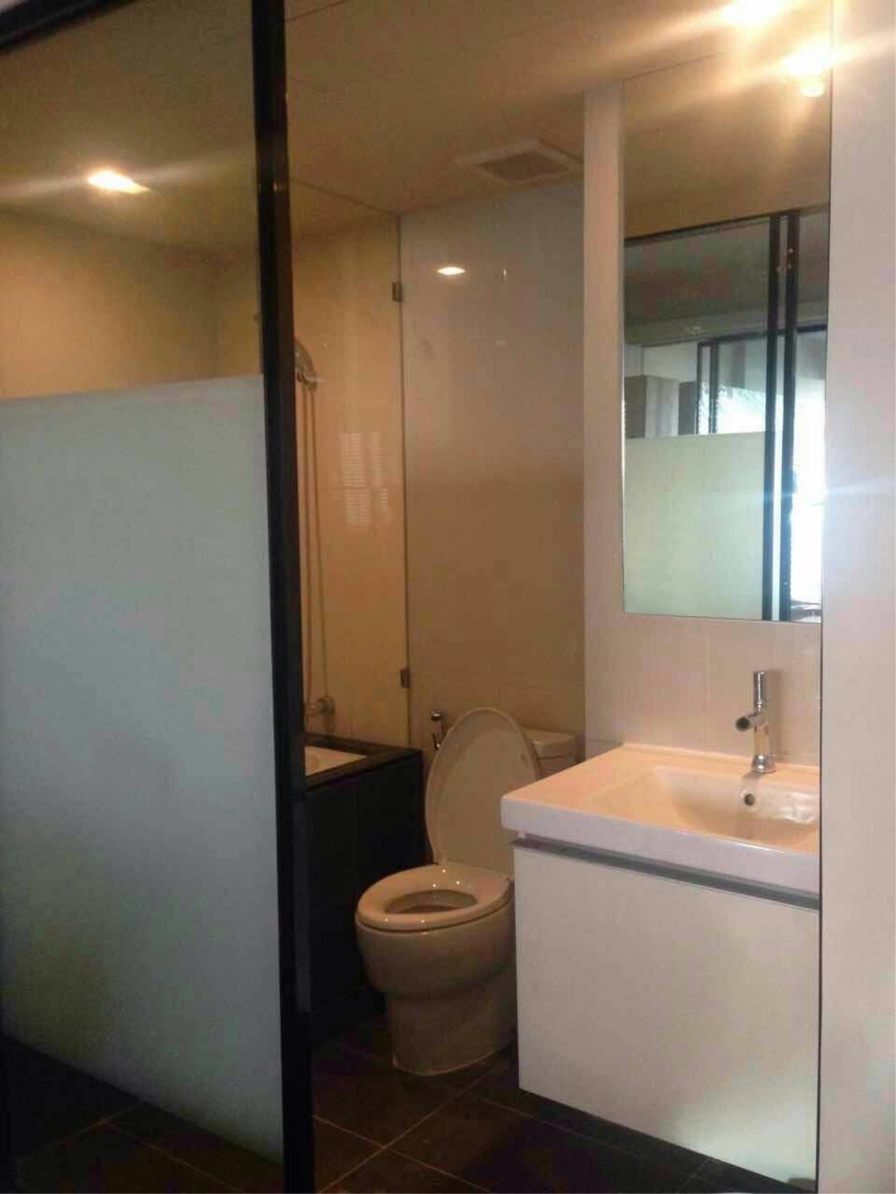 RE/MAX All Star Realty Agency's One Bed (42sqm) Circle S Condo for Rent BTS Asoke (400m) 9