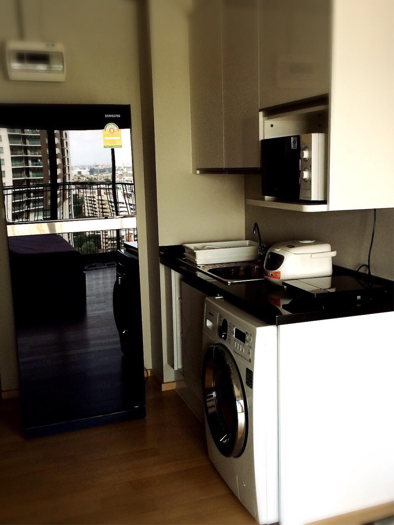 RE/MAX All Star Realty Agency's Noble Refine for rent BTS Phrom Phong BTS 3