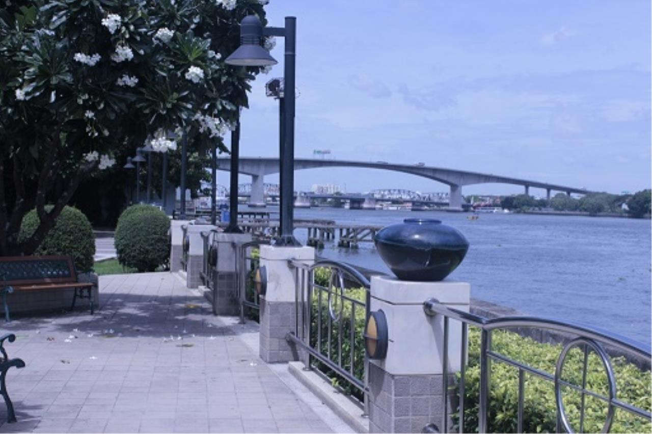 RE/MAX All Star Realty Agency's Three-bed condo River Heaven for rent (Charoenkrung Road) 60,000 baht 29