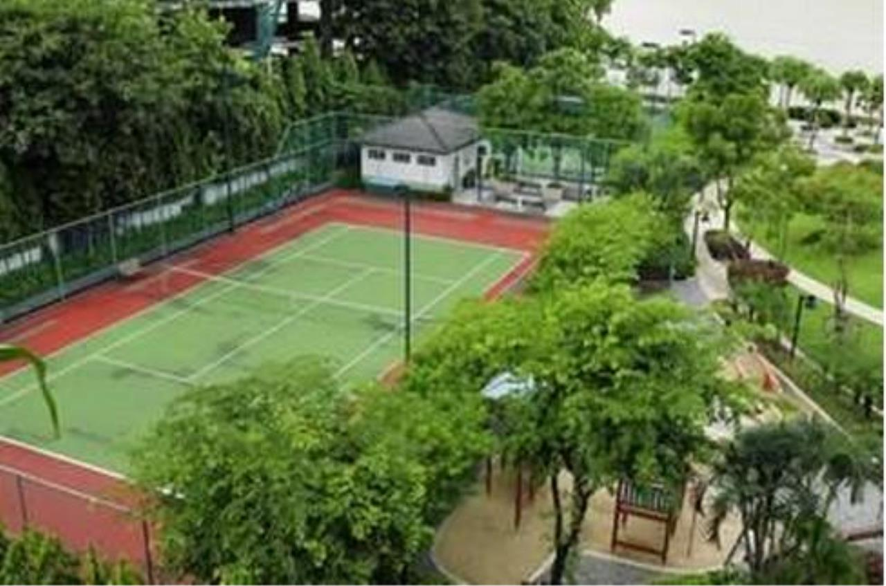 RE/MAX All Star Realty Agency's Three-bed condo River Heaven for rent (Charoenkrung Road) 60,000 baht 32
