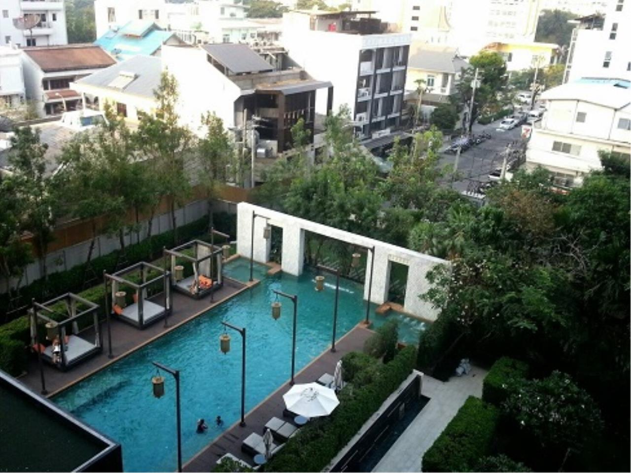 RE/MAX All Star Realty Agency's Address Asoke One Bed 45sqm high floor for Rent.  3