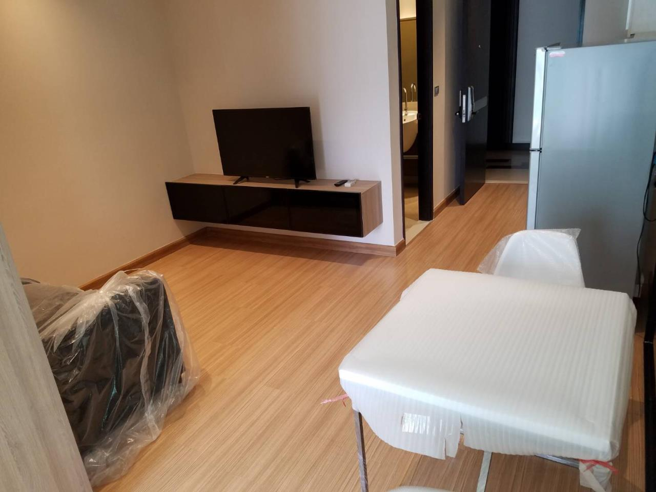RE/MAX All Star Realty Agency's Skywalk  3