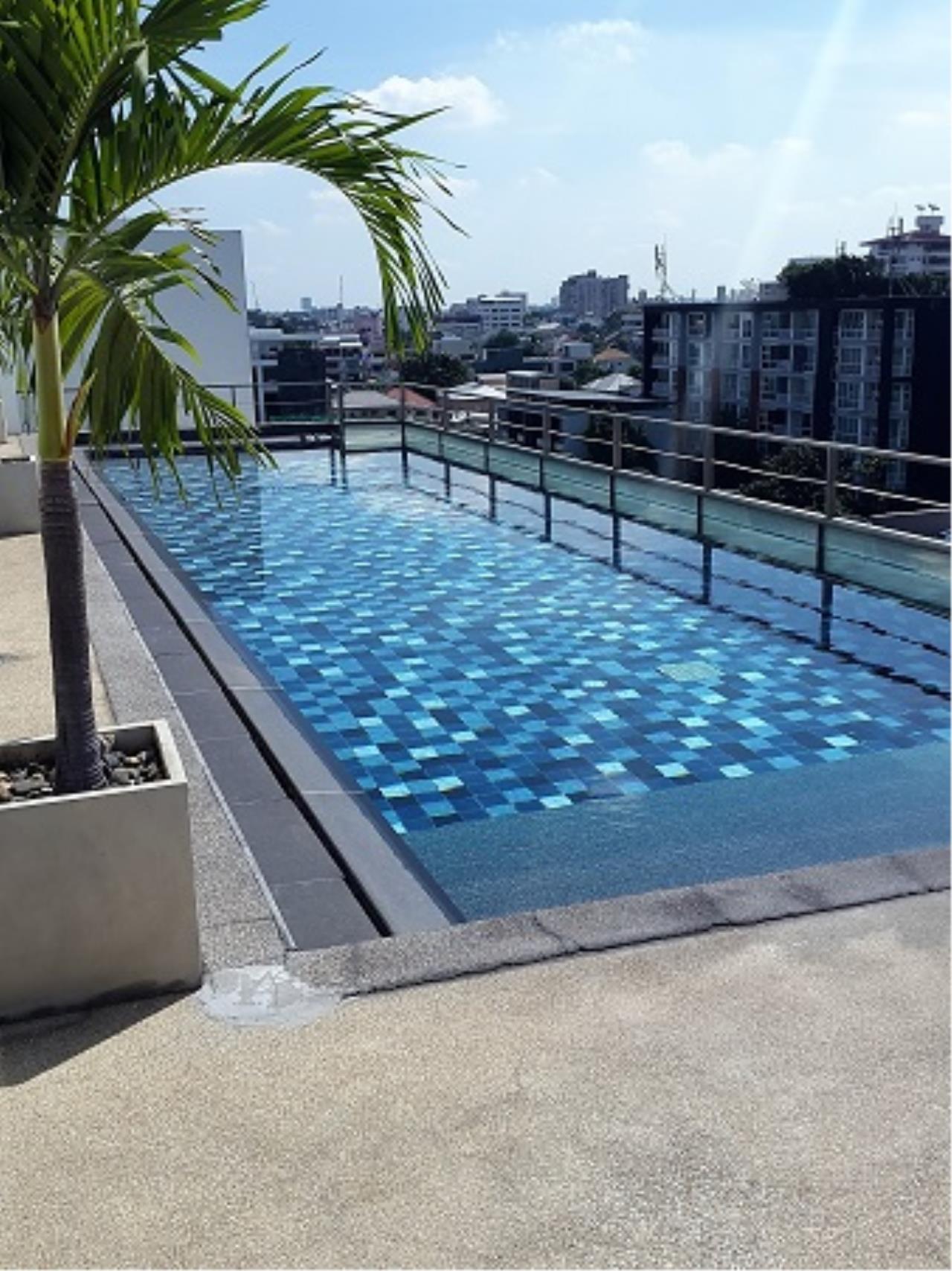 RE/MAX All Star Realty Agency's Click Condo Ekamai two-bed sale/rent (BTS Ekkamai/Phra kanong) 10