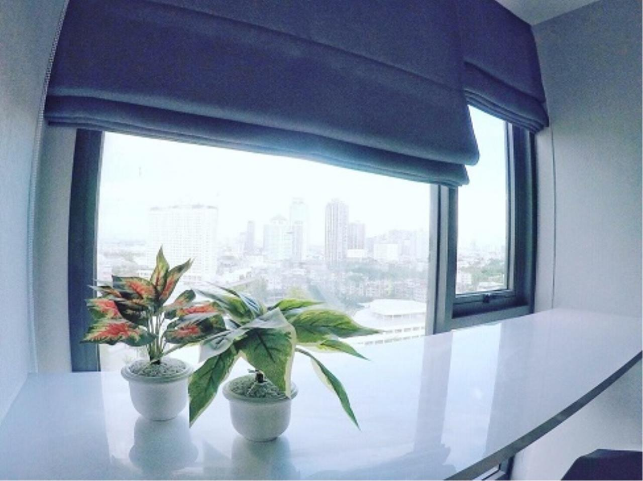 RE/MAX All Star Realty Agency's Rhythm 42 New One Bed for rent (50m walk BTS Ekkamai) 2