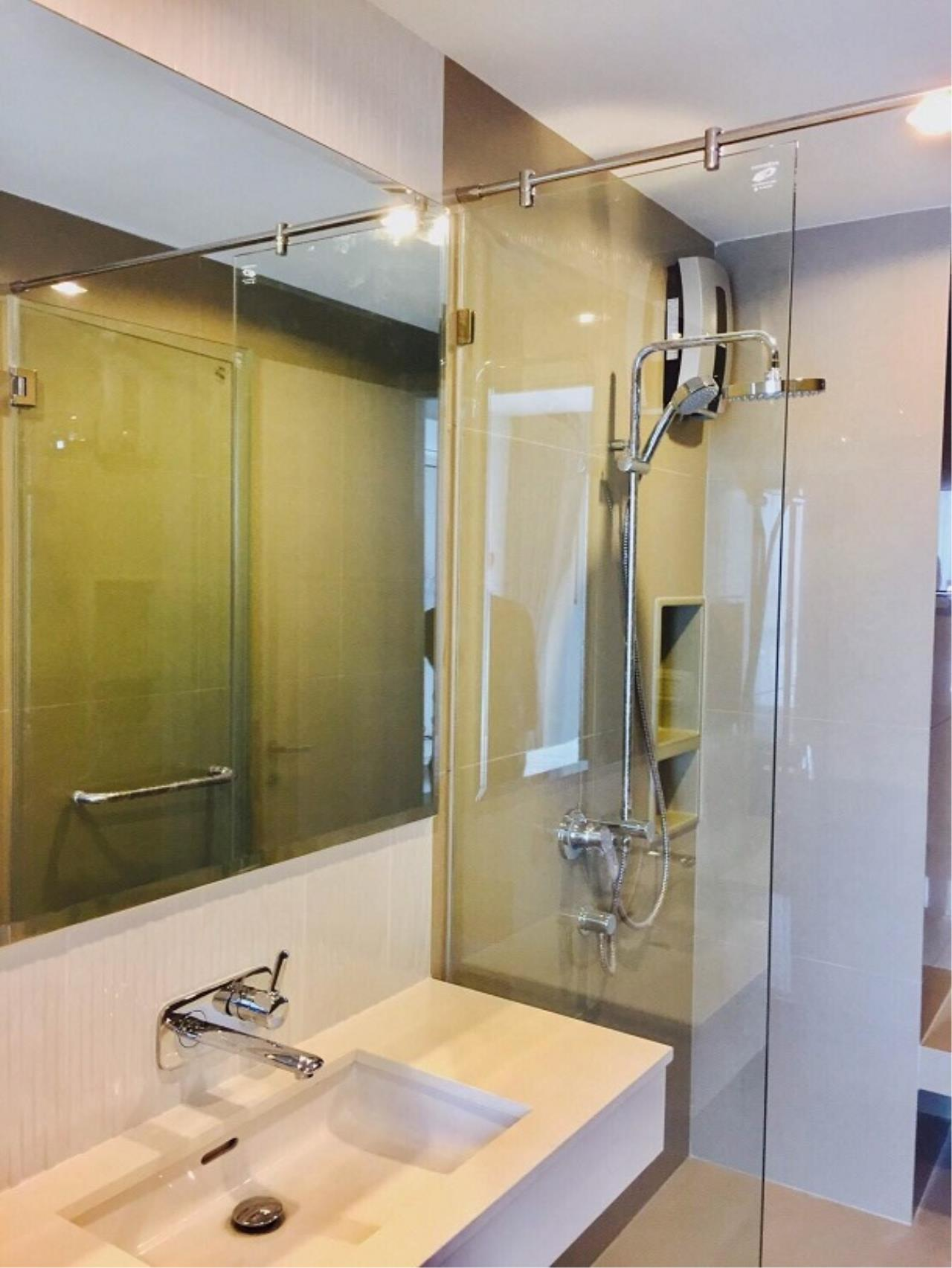 RE/MAX All Star Realty Agency's Rhythm 42 New One Bed for rent (50m walk BTS Ekkamai) 11