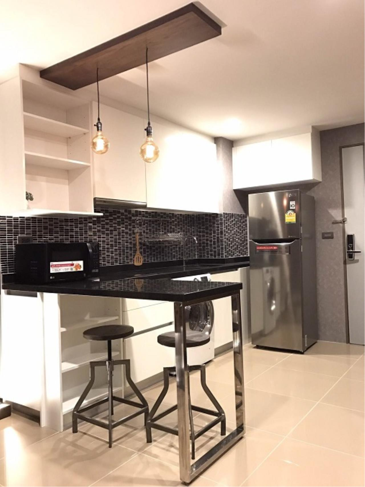 RE/MAX All Star Realty Agency's Mirage Sukhumvit one bed condo for sale/rent (BTS Asoke / MRT Sukhumvit) 2