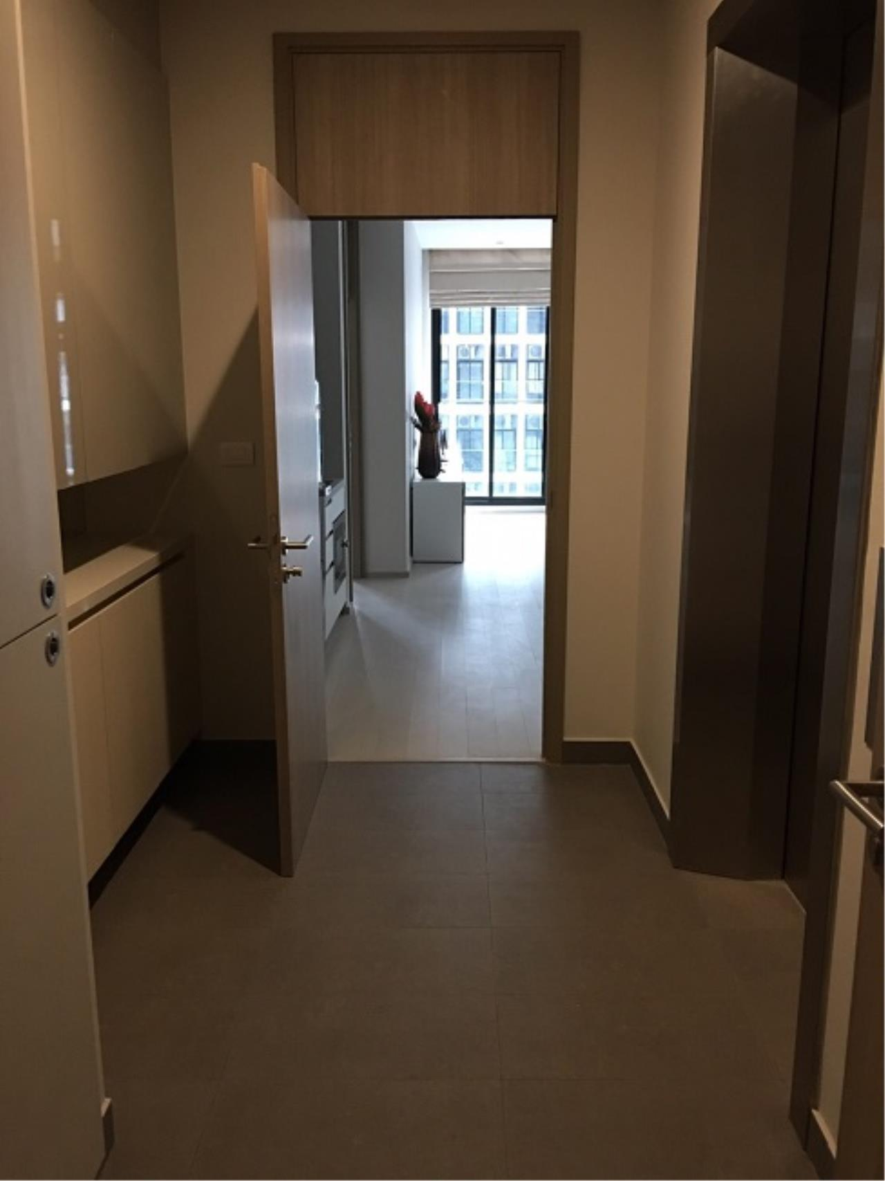 RE/MAX All Star Realty Agency's Noble Ploenchit for rent 6