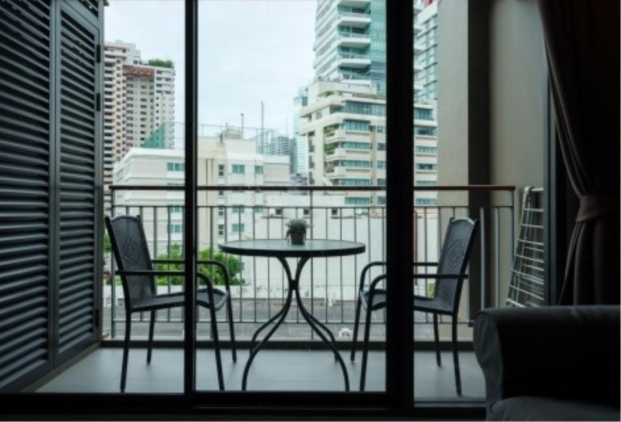 RE/MAX All Star Realty Agency's Mirage Sukhumvit 2br for rent (BTS Asoke) 1