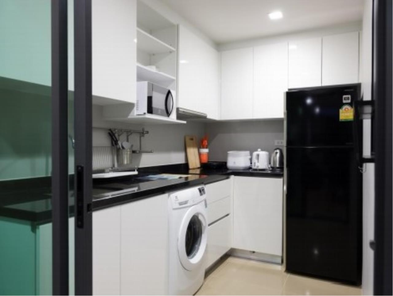 RE/MAX All Star Realty Agency's Mirage Sukhumvit 2br for rent (BTS Asoke) 7