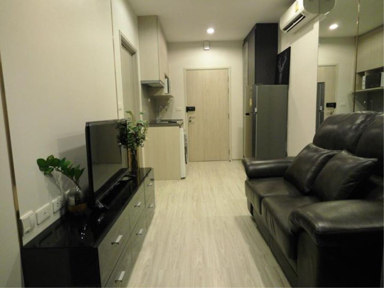 RE/MAX All Star Realty Agency's Ideo Mobi Eastgate, 1 bedroom, high floor for rent. Near BTS Bangna 1