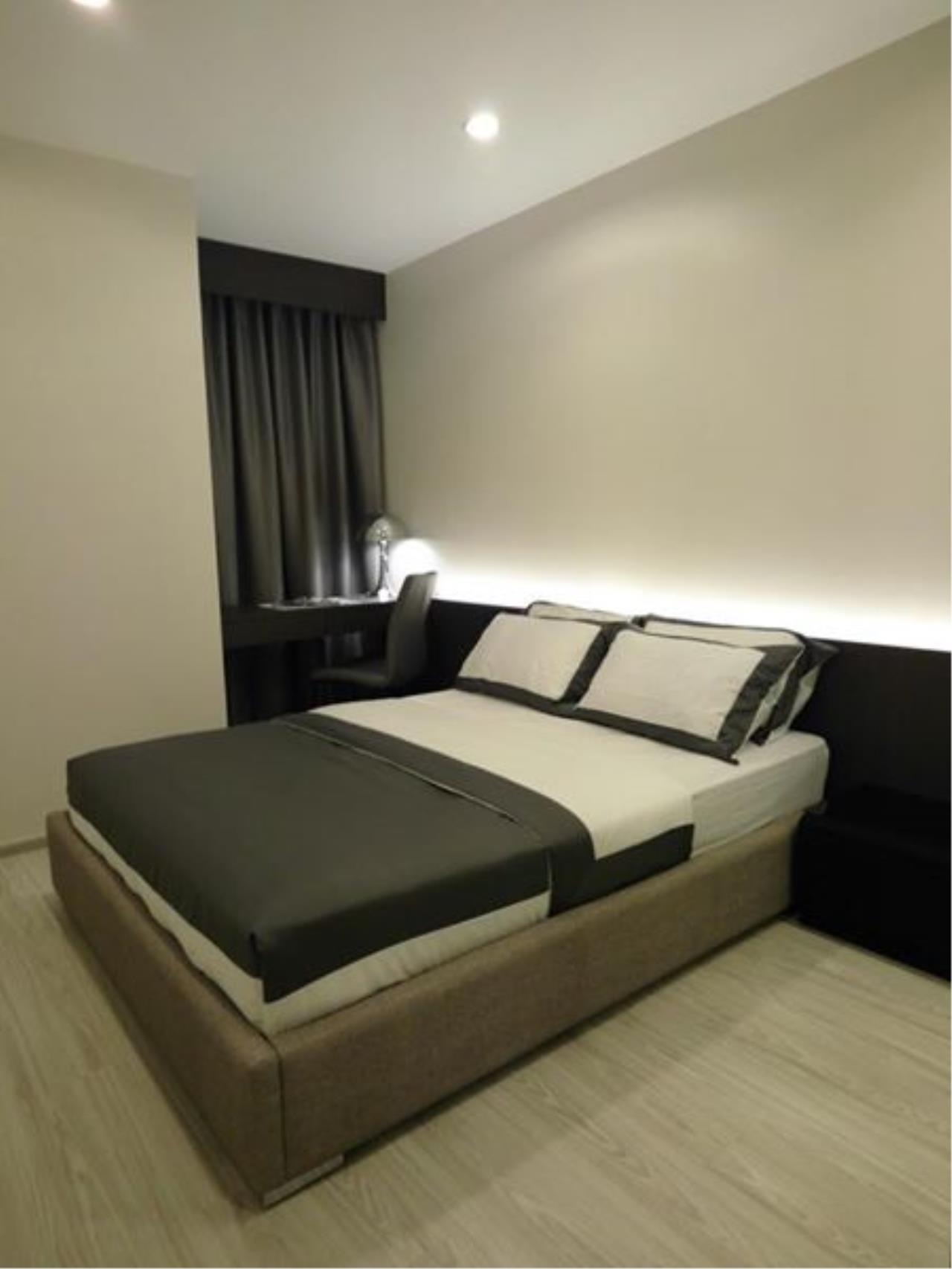 RE/MAX All Star Realty Agency's Ideo Mobi Eastgate, 1 bedroom, high floor for rent. Near BTS Bangna 8