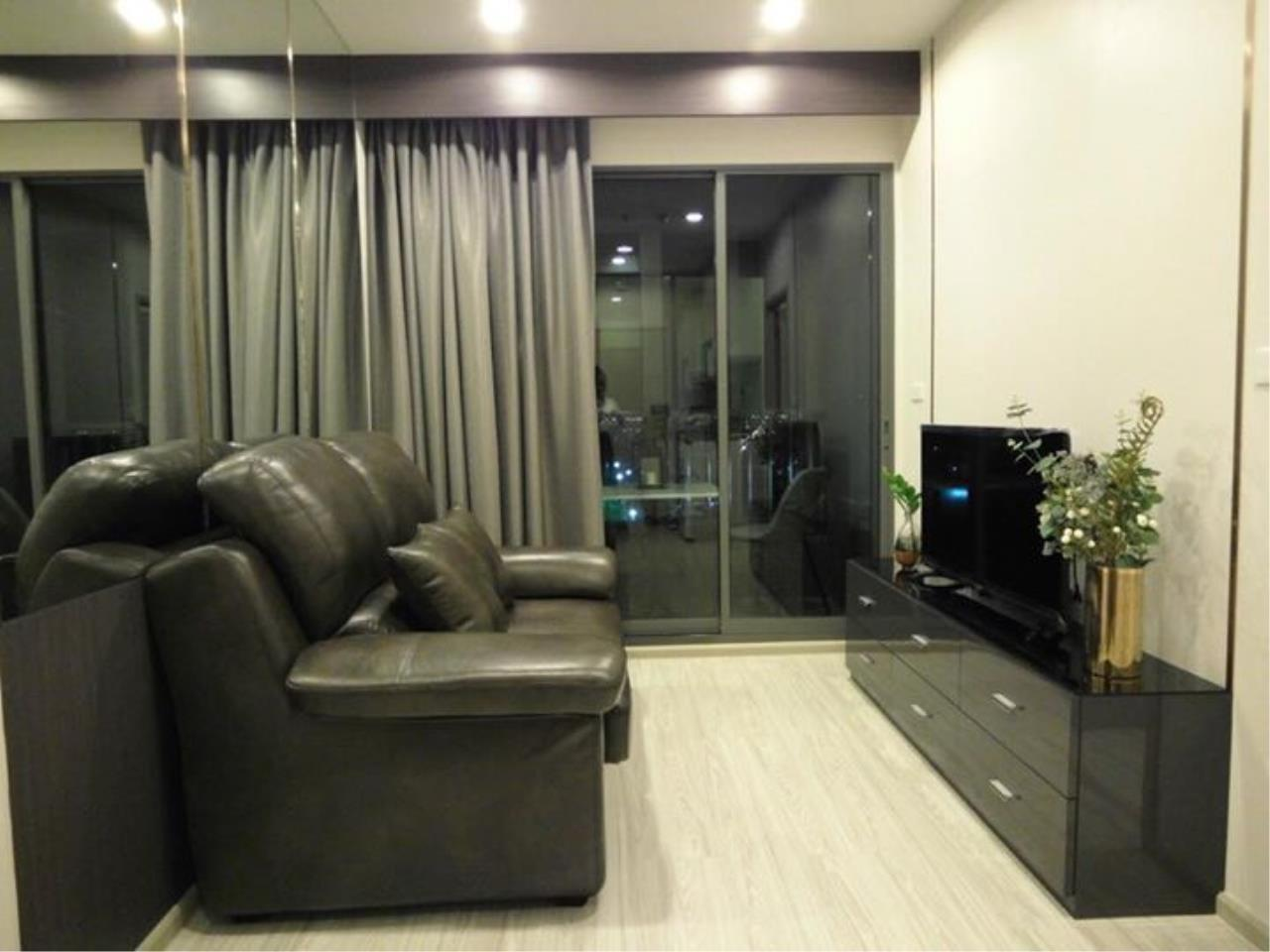 RE/MAX All Star Realty Agency's Ideo Mobi Eastgate, 1 bedroom, high floor for rent. Near BTS Bangna 2