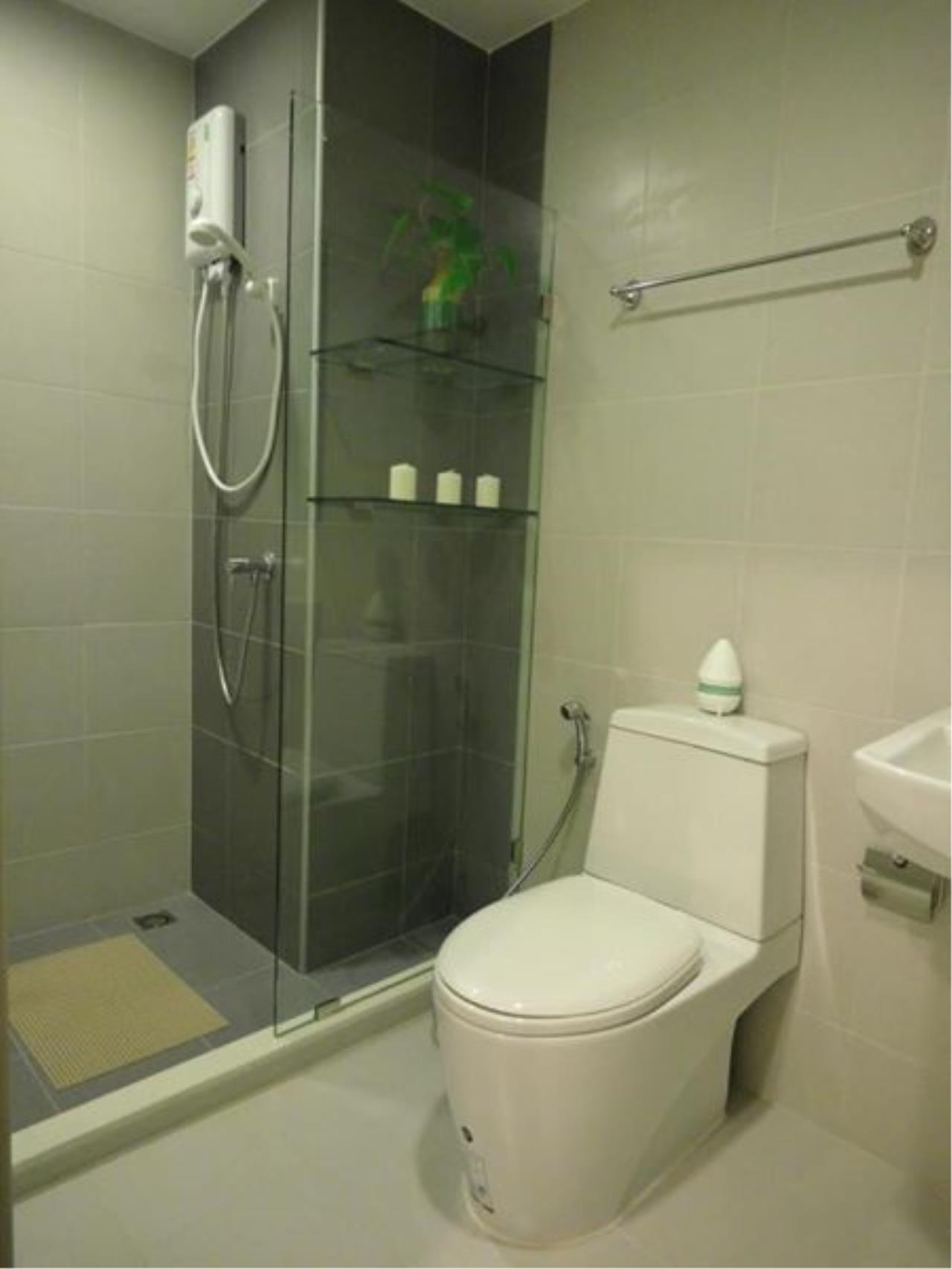 RE/MAX All Star Realty Agency's Ideo Mobi Eastgate, 1 bedroom, high floor for rent. Near BTS Bangna 16
