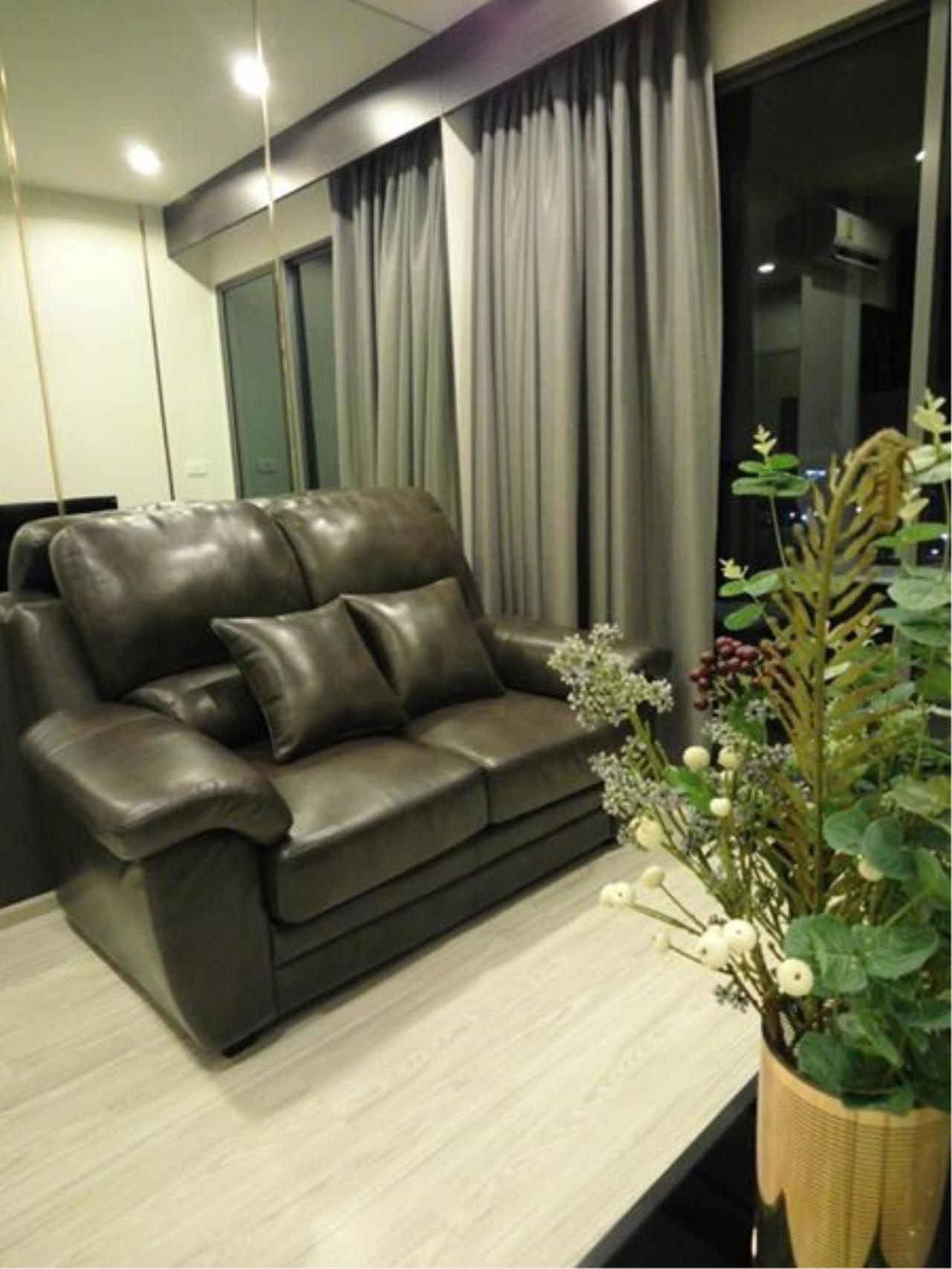 RE/MAX All Star Realty Agency's Ideo Mobi Eastgate, 1 bedroom, high floor for rent. Near BTS Bangna 4