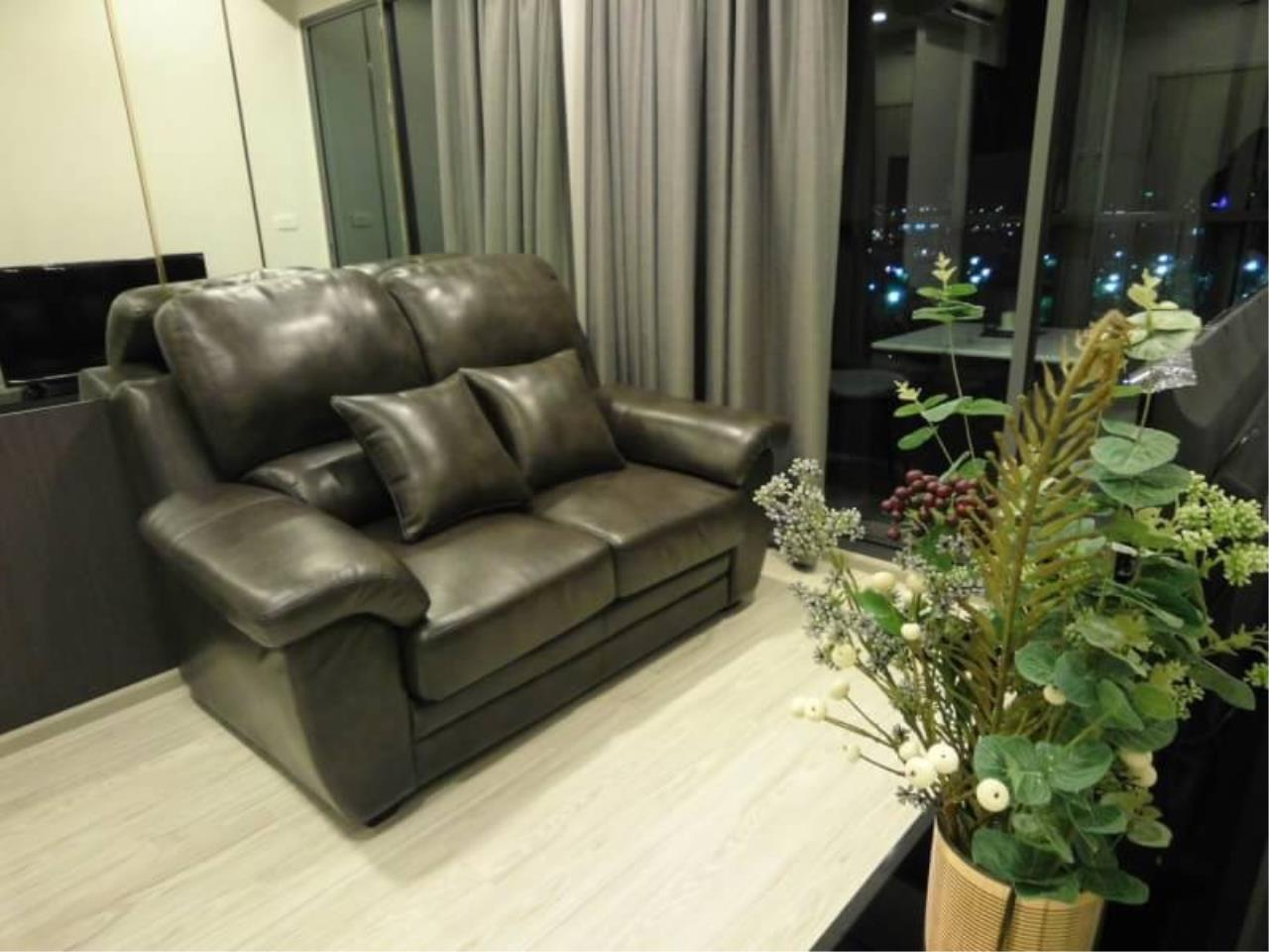 RE/MAX All Star Realty Agency's Ideo Sukhumvit Eastgate condo for rent (BTS Bangna / Bearing) 1