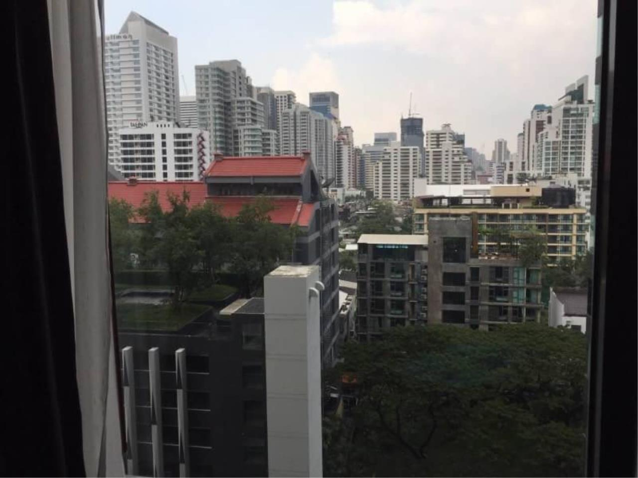 RE/MAX All Star Realty Agency's Edge Sukhumvit23 one bed for rent (BTS Asoke / MRT Sukhumvit) 2