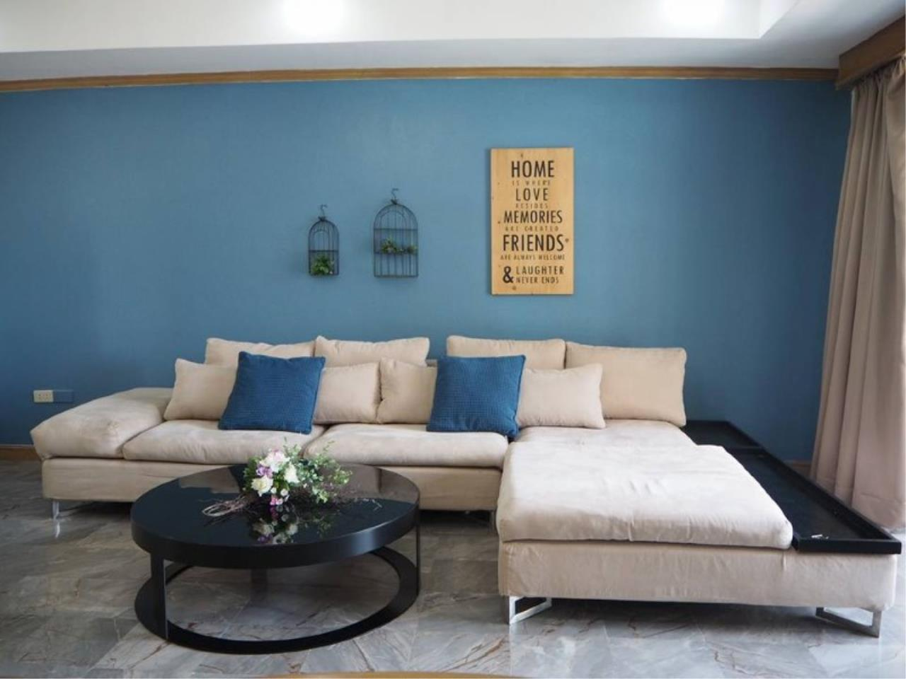 RE/MAX All Star Realty Agency's Royal Castle 4bed 4bath 202sqm for rent (BTS Phrom Phong) 2