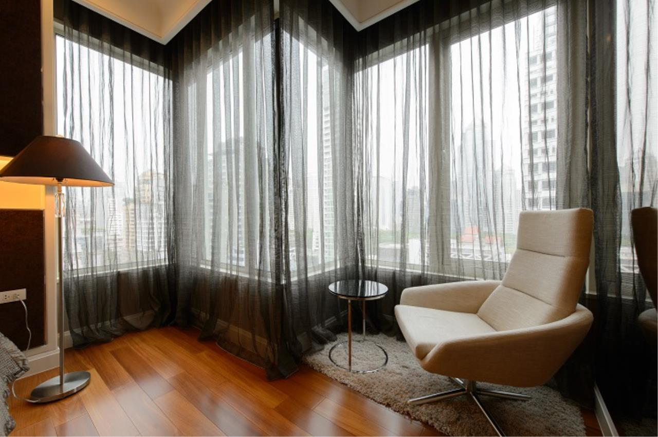 RE/MAX All Star Realty Agency's Lavish Q Langsuan two bed for sale/rent (BTS Chidlom) 5