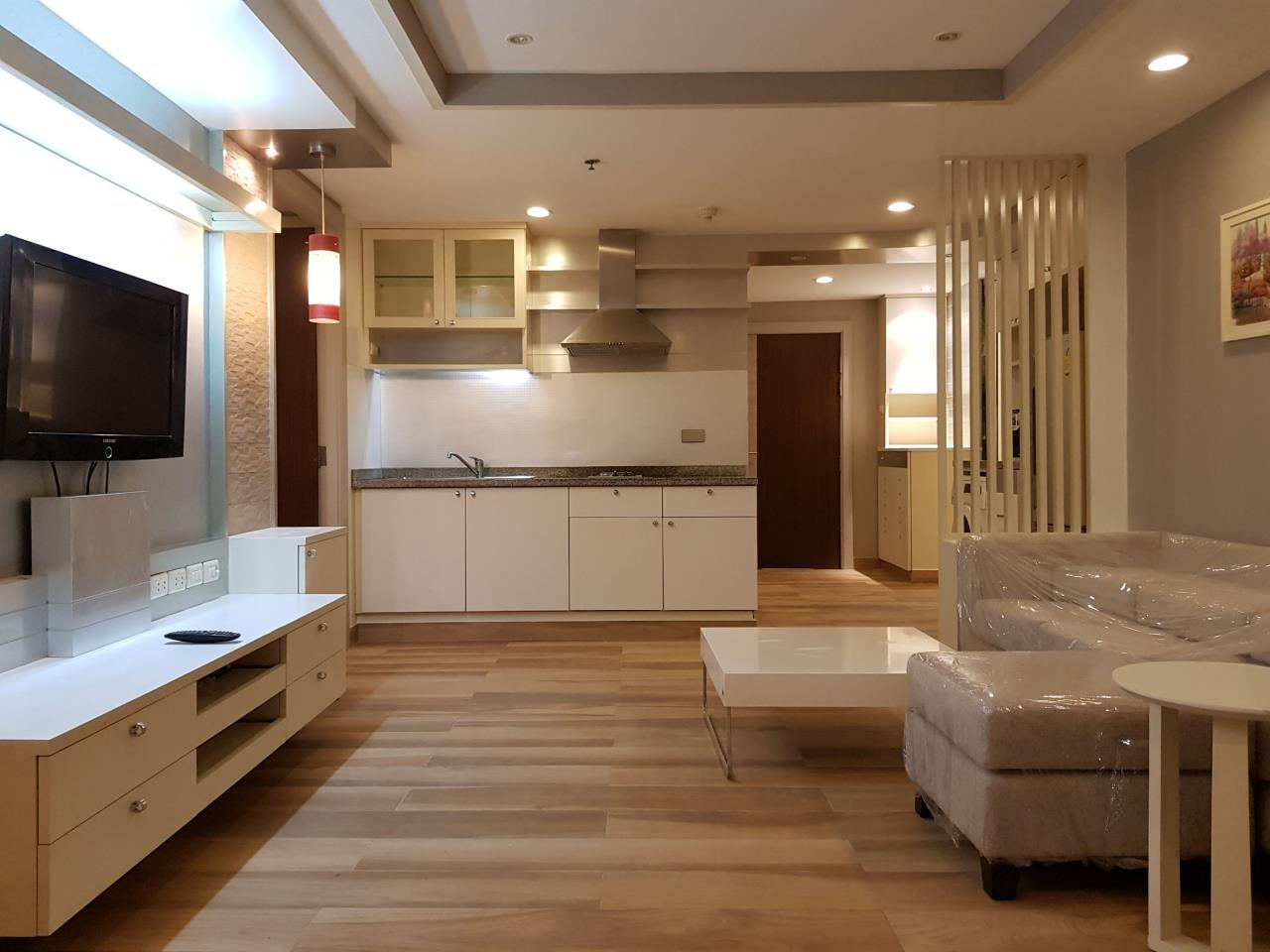 RE/MAX All Star Realty Agency's The Trendy condo two bed for rent (BTS Nana) 3