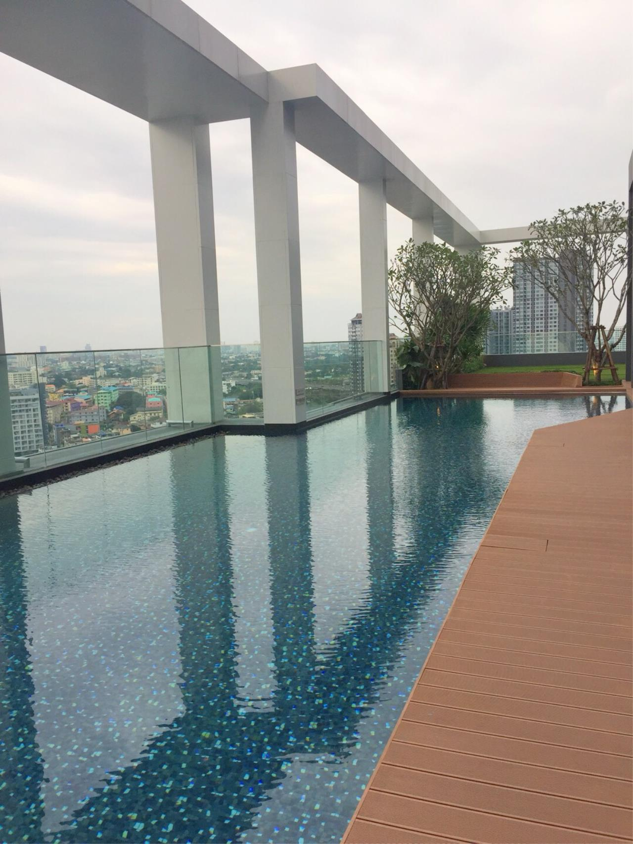 RE/MAX All Star Realty Agency's Life Sukhumvit 48 one-bed for rent  9