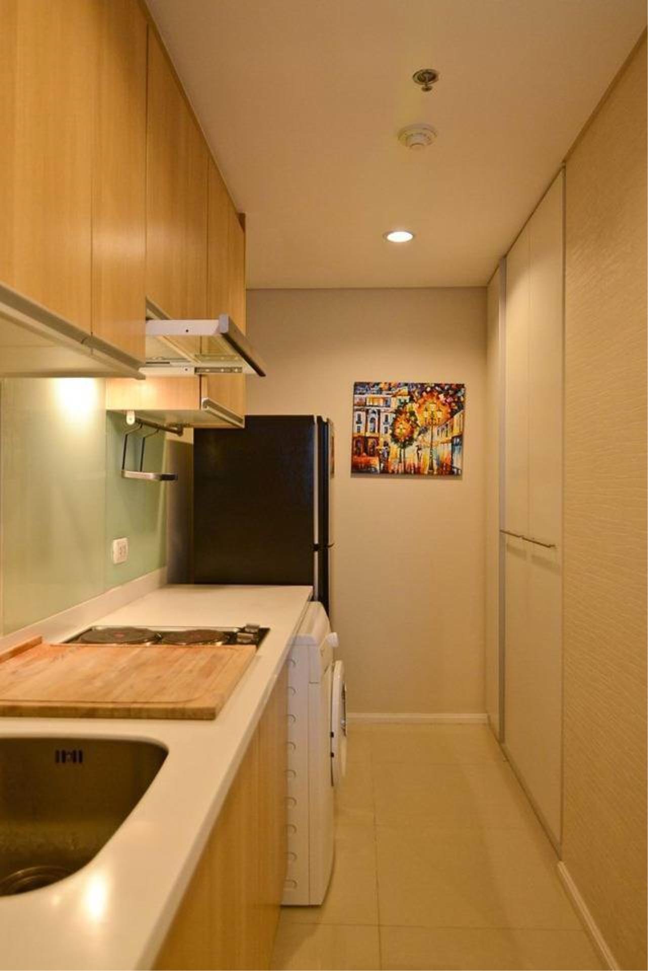 RE/MAX All Star Realty Agency's Villa Asoke for Rent – walk to MRT Petchaburi 6
