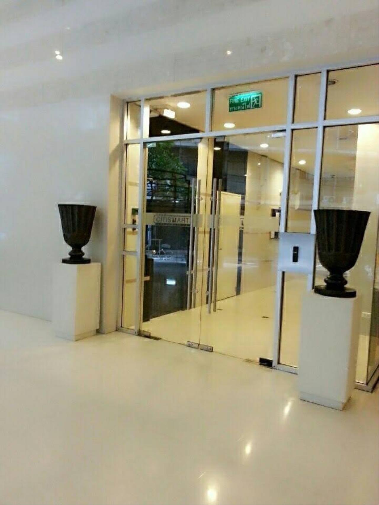 RE/MAX All Star Realty Agency's Citismart Sukhumvit 18 two bed for rent (BTS Asoke) 14