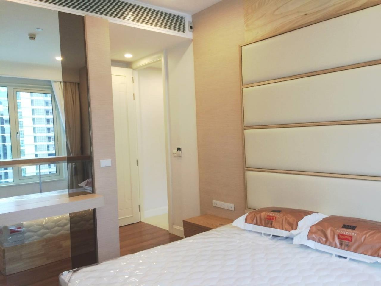 RE/MAX All Star Realty Agency's Lavish Q Langsuan two bed for rent (BTS Chidlom) 4