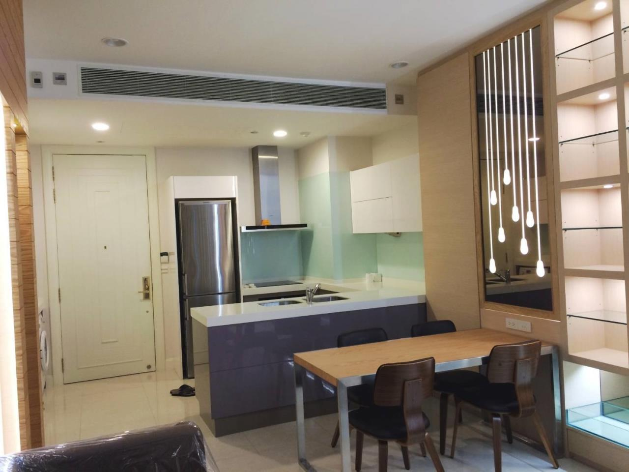 RE/MAX All Star Realty Agency's Lavish Q Langsuan two bed for rent (BTS Chidlom) 10